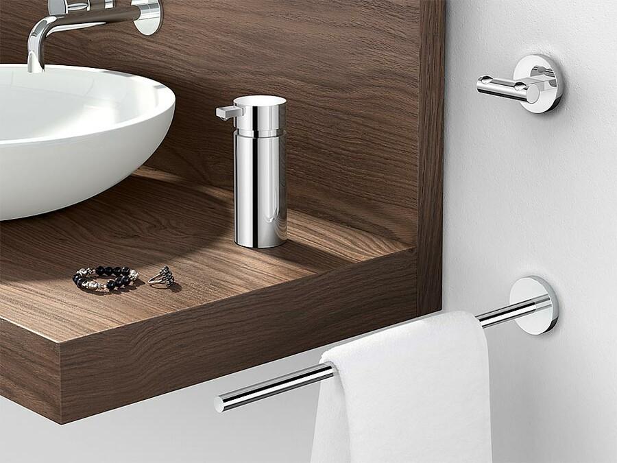 handtuchhalter edelstahl scala von zack design lieferbar. Black Bedroom Furniture Sets. Home Design Ideas